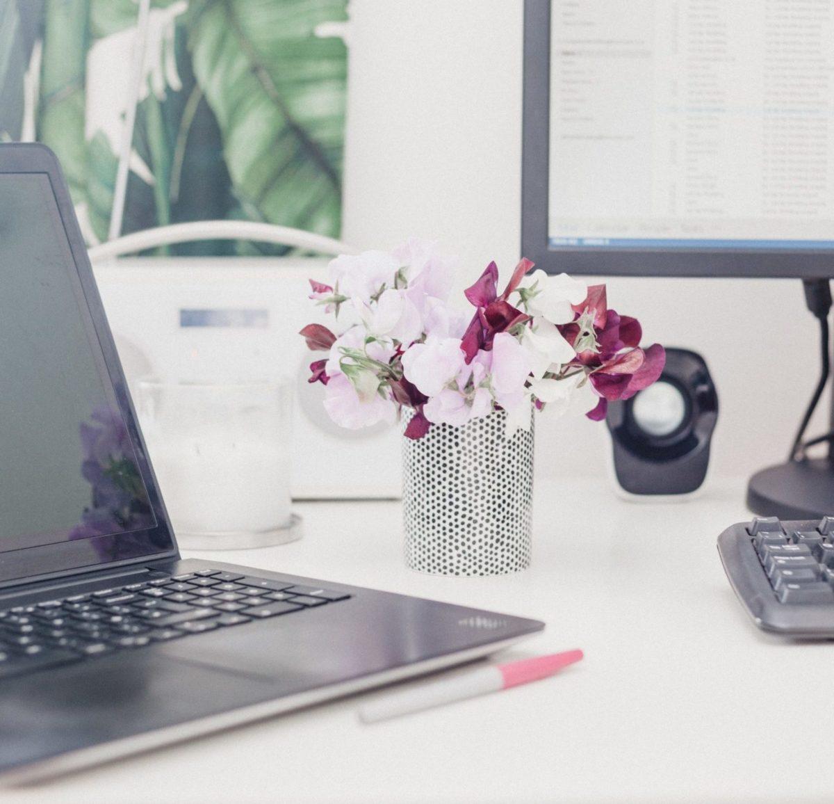 Fijne werkplek thuis maken tips kantoor bureau thuiskantoor inrichten